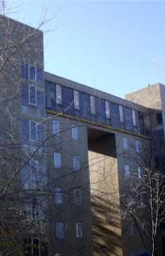 Colegio César Carlos